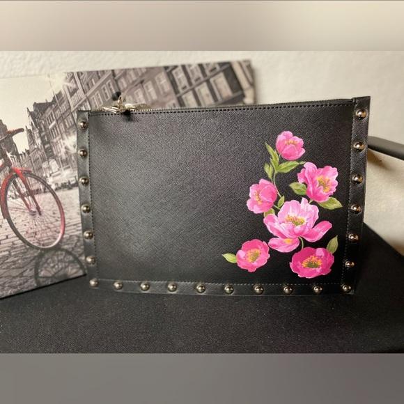 BHWM floral studded clutch